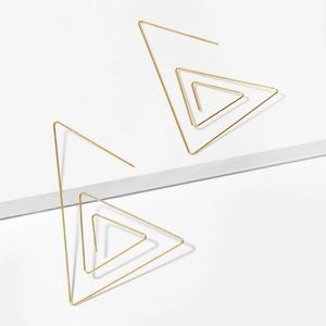 3/$30 💛 Triangle Tribe Earrings